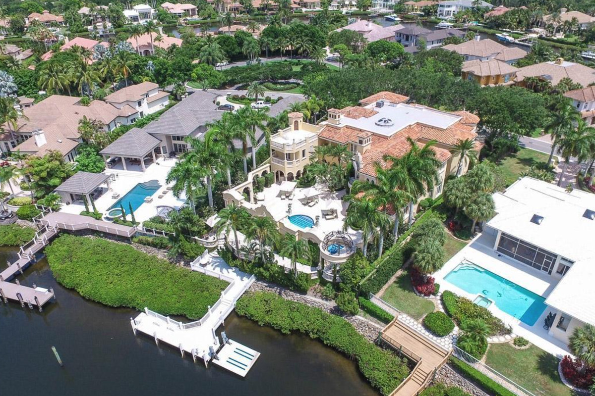 An aerial of a Jupiter home formerly owned by Celine Dion