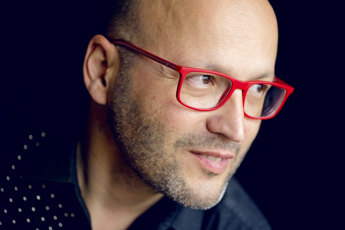 Enrique Mazzola named music director of Lyric Opera beginning with 2021-22 season