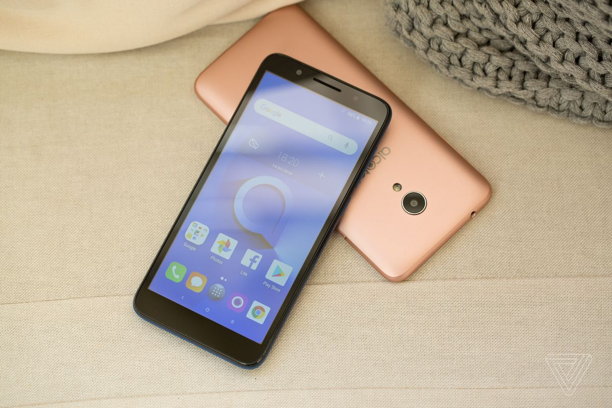 MWC 2018: Alcatel launches an Android Go phone