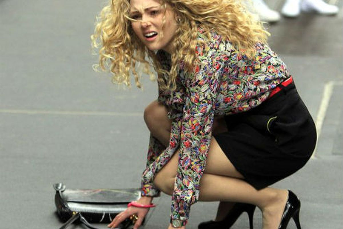 Filming for The Carrie Diaries has begun in New York. Image via the Daily Mirror