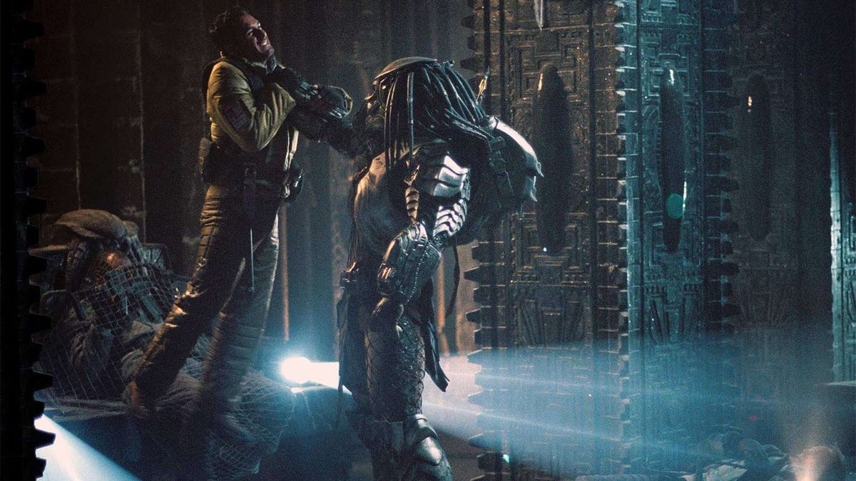 the predator in the underground frozen pyramid in alien vs predator