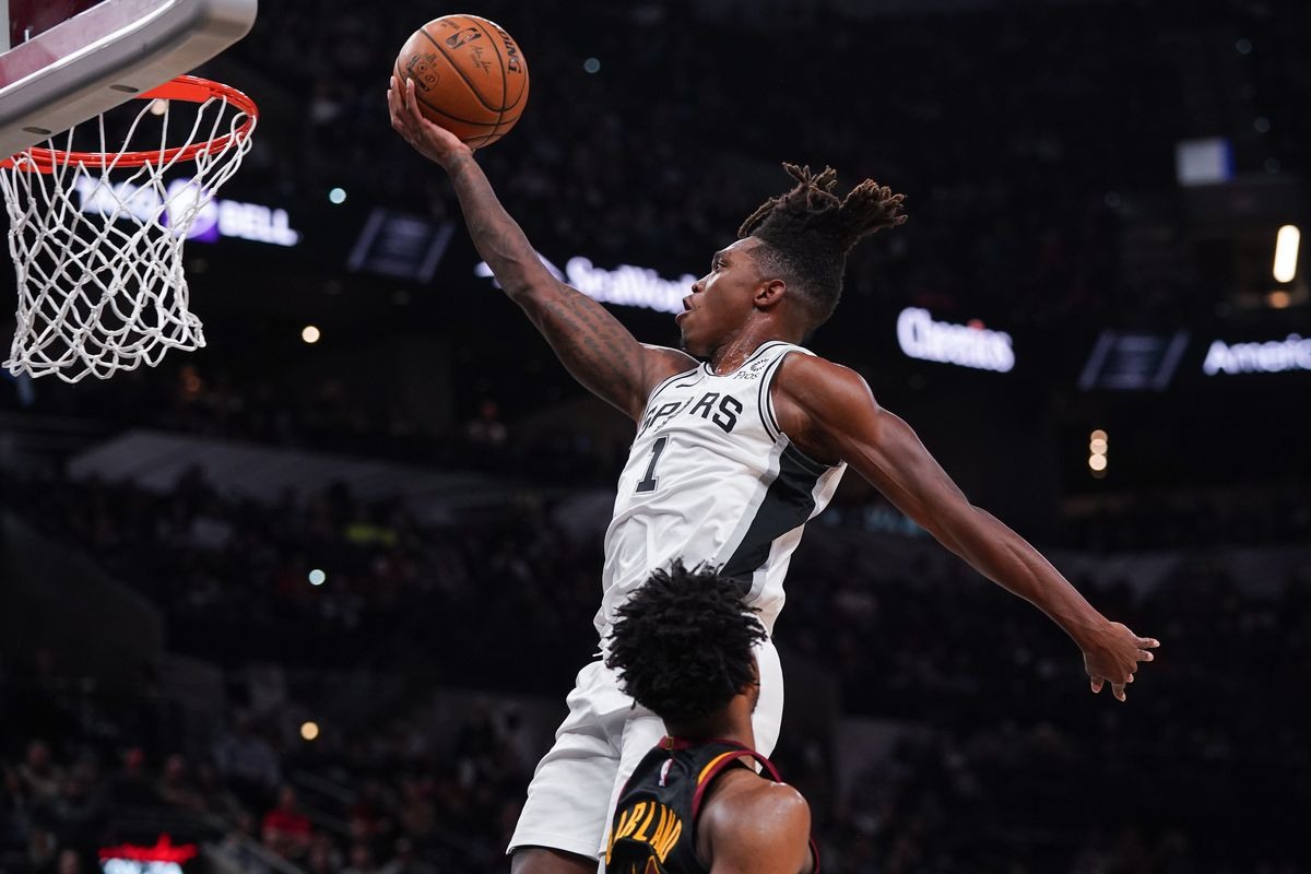 The Spurs' young core shines bright amid another disappointing loss