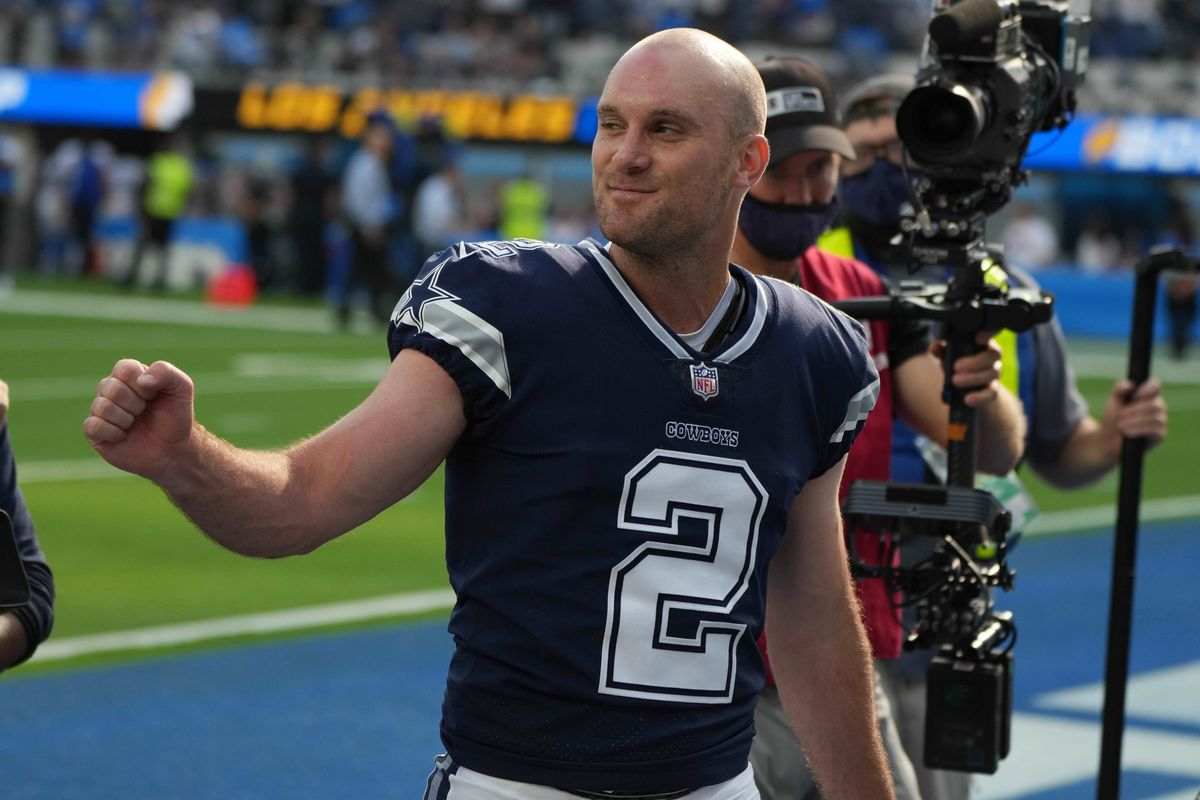 NFL: Dallas Cowboys at Los Angeles Chargers