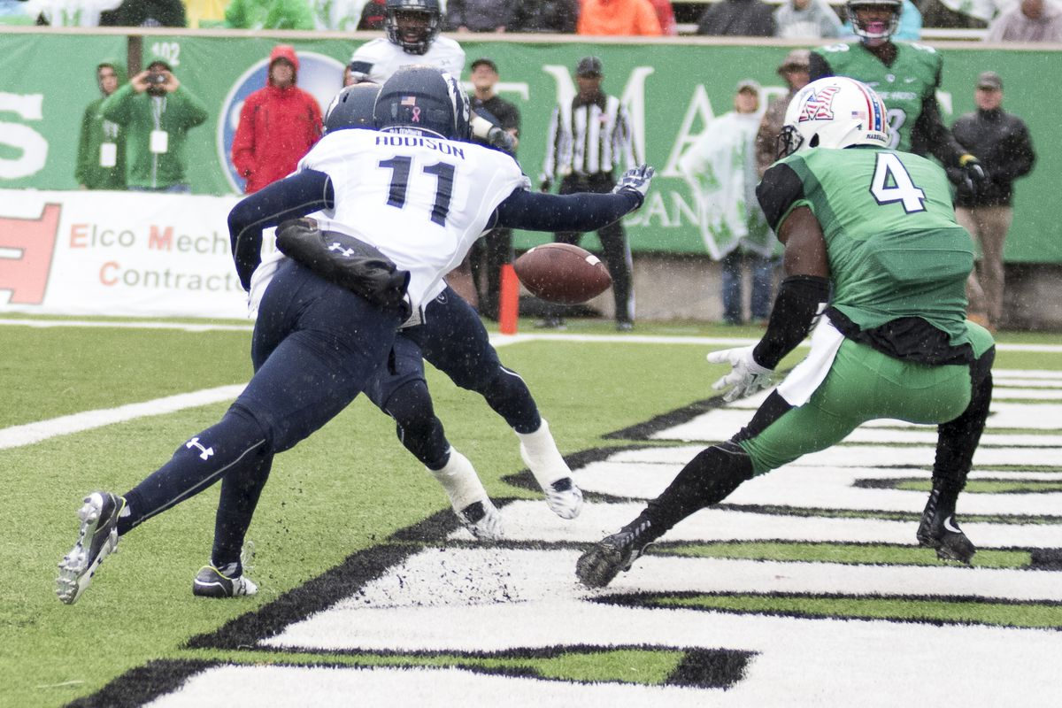 Marshall receiver Deon-Tay McManus (4) hauls in his only touchdown catch of the season.