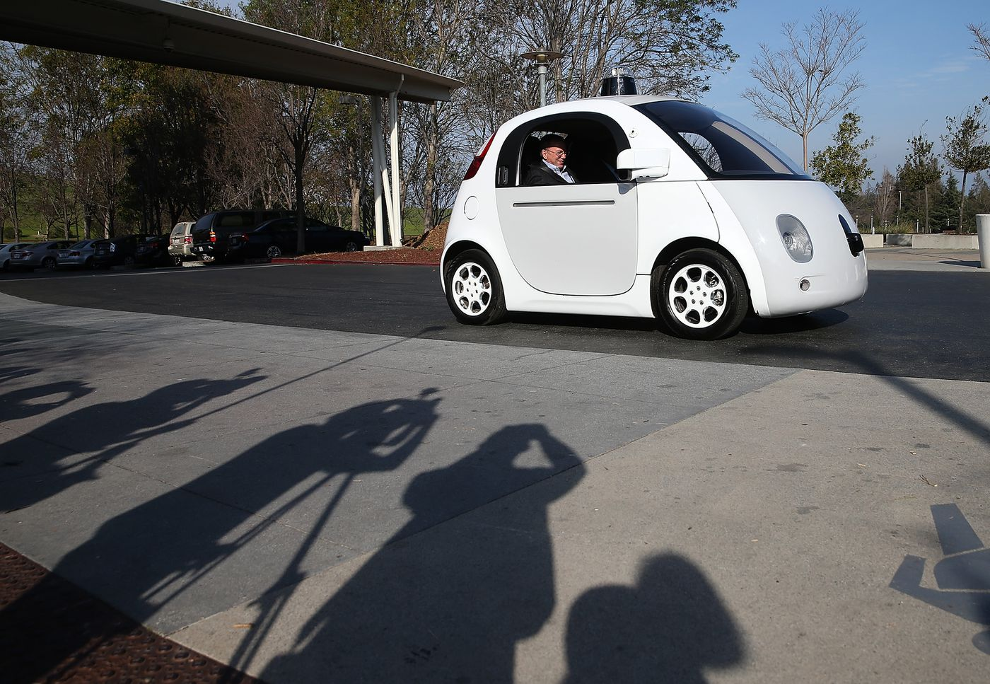 Car companies' vision of a gradual transition to self-driving cars