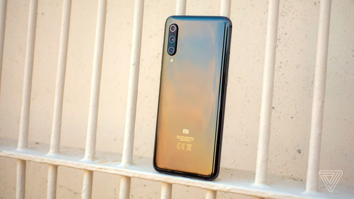 Xiaomi Mi 9 review: cheap speed - The Verge 1