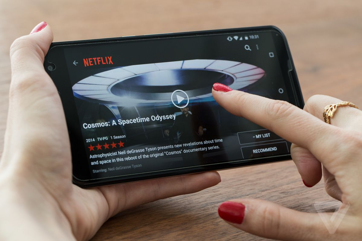 Netflix is ditching five-star ratings in favor of a thumbs