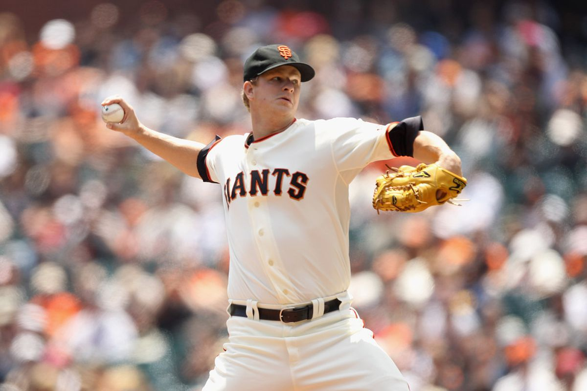 SAN FRANCISCO, CA - JUNE 08:  Matt Cain #18 of the San Francisco Giants pitches against the Washington Nationals at AT&T Park on June 8, 2011 in San Francisco, California.  (Photo by Ezra Shaw/Getty Images)