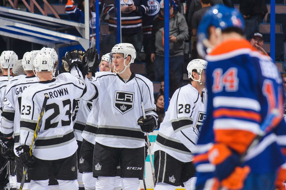The Kings celebrate their victory over the Oilers