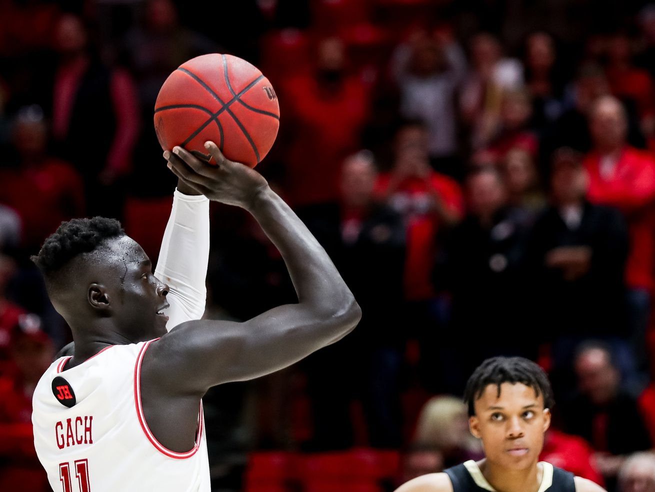 Report: BYU, Utah State among teams that have reached out to Both Gach