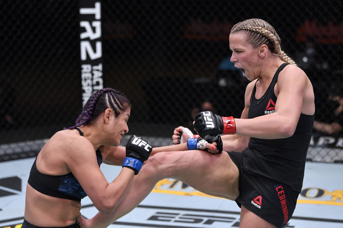 UFC 255 results: Katlyn Chookagian bounces back with unanimous decision win  over Cynthia Calvillo - MMA Fighting