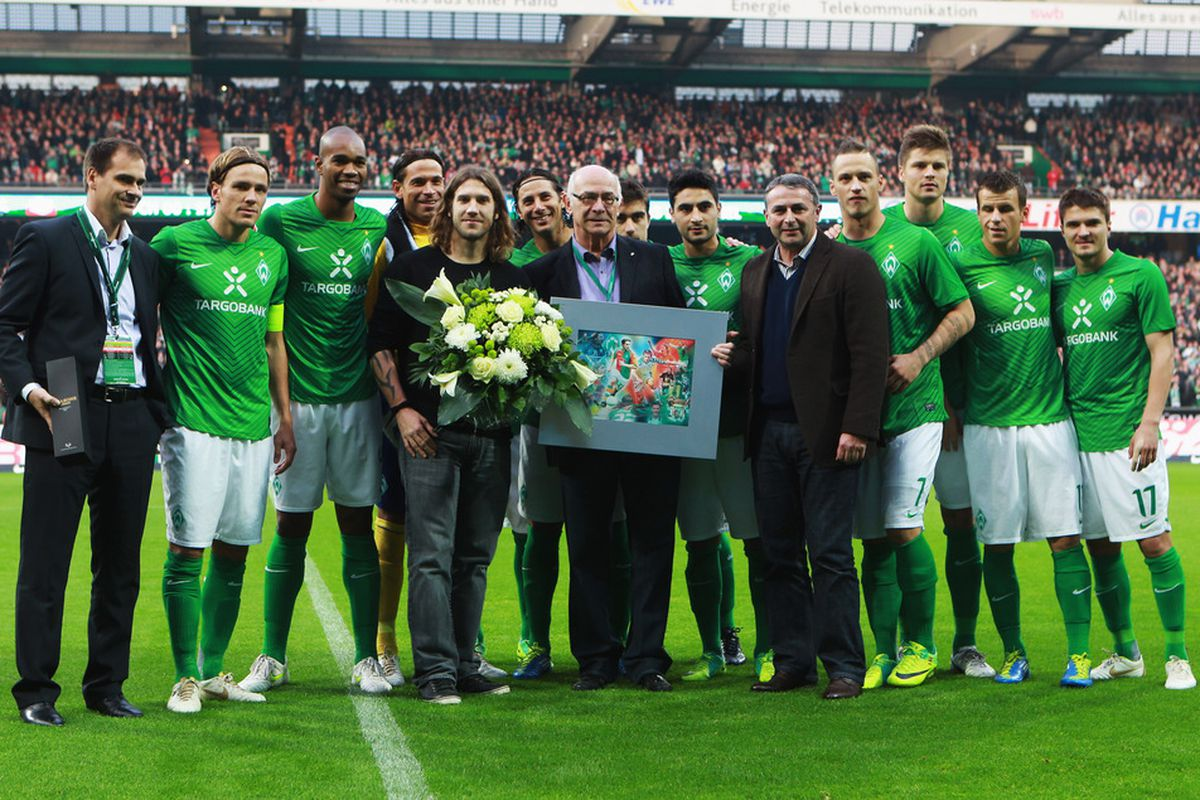 Werder Bremen were so happy the Frings came 1st last year, they had a big celebration for him.