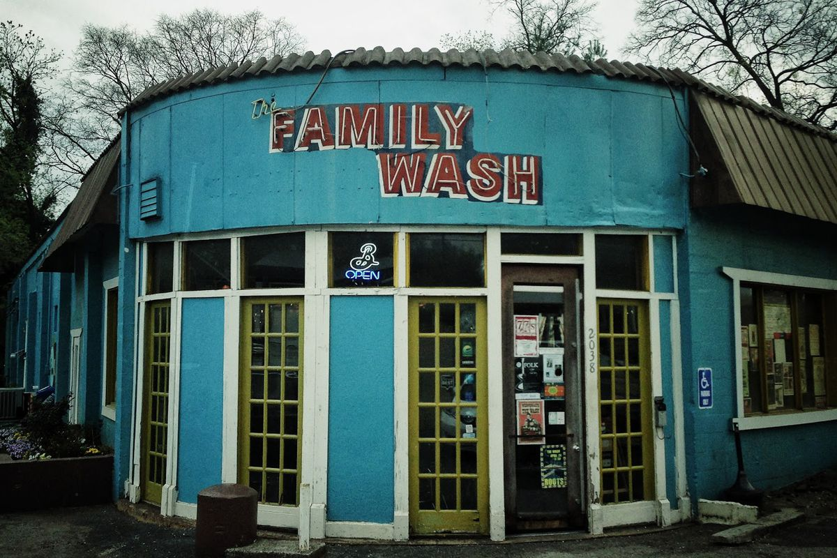 The Family Wash's current Greenwood and Porter Road location.