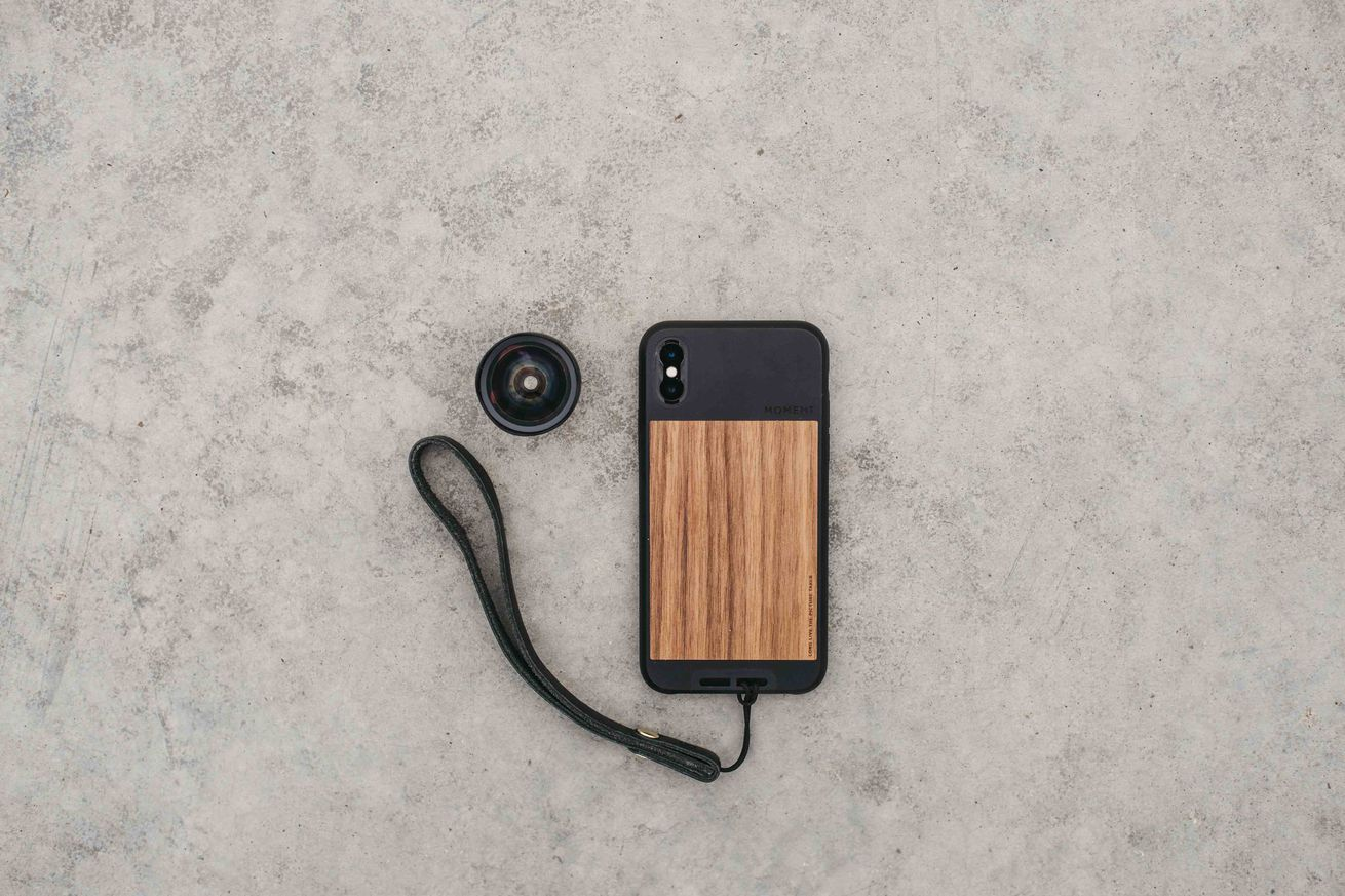 moment photo cases bring a shutter button and new lenses to the iphone x