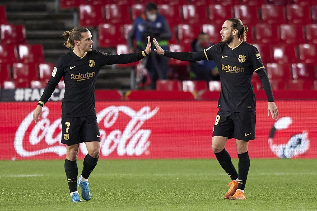 Granada CF v FC Barcelona - La Liga Santander