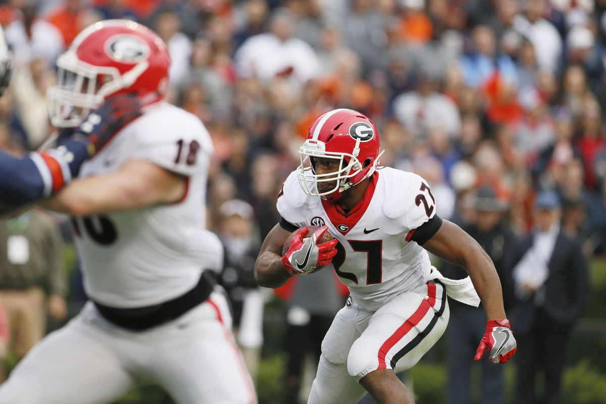 Chubb goes over 1000 yards as Georgia rolls past Kentucky