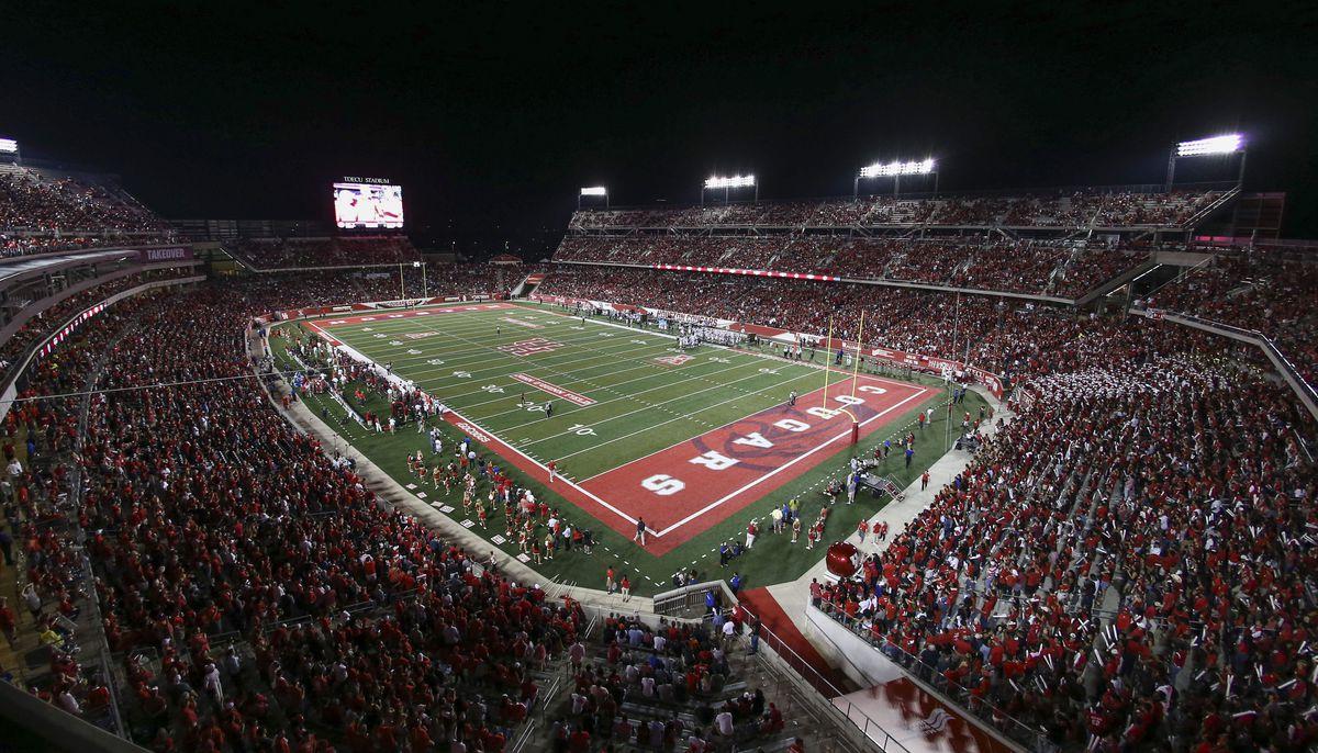 NCAA Football: Connecticut at Houston
