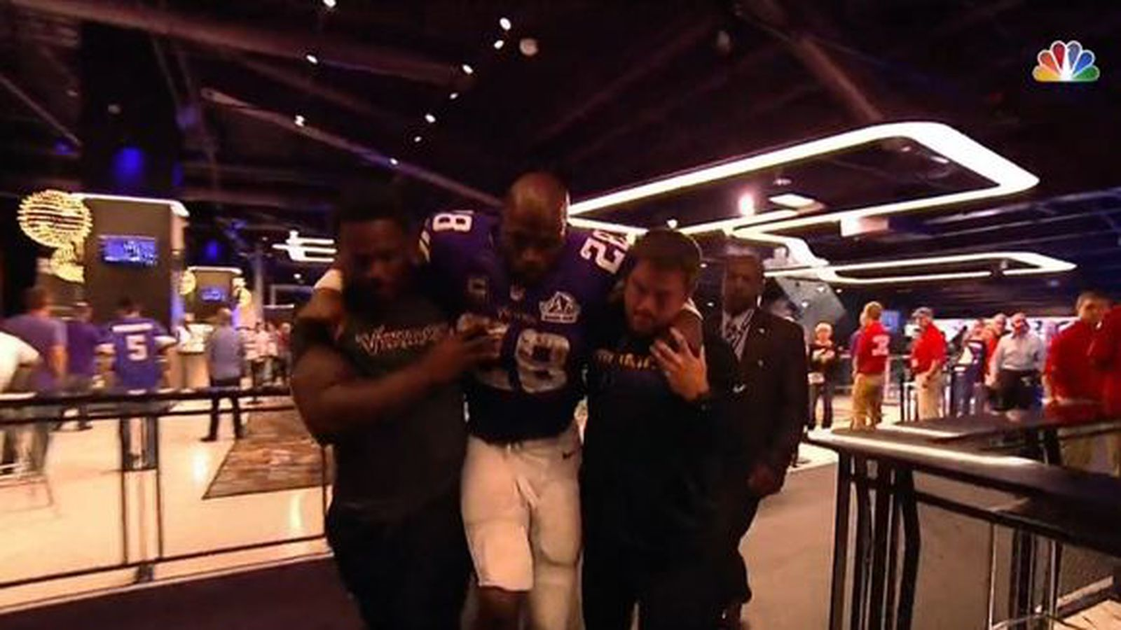 New Vikings Stadium Forces Injured Players To Be Carried