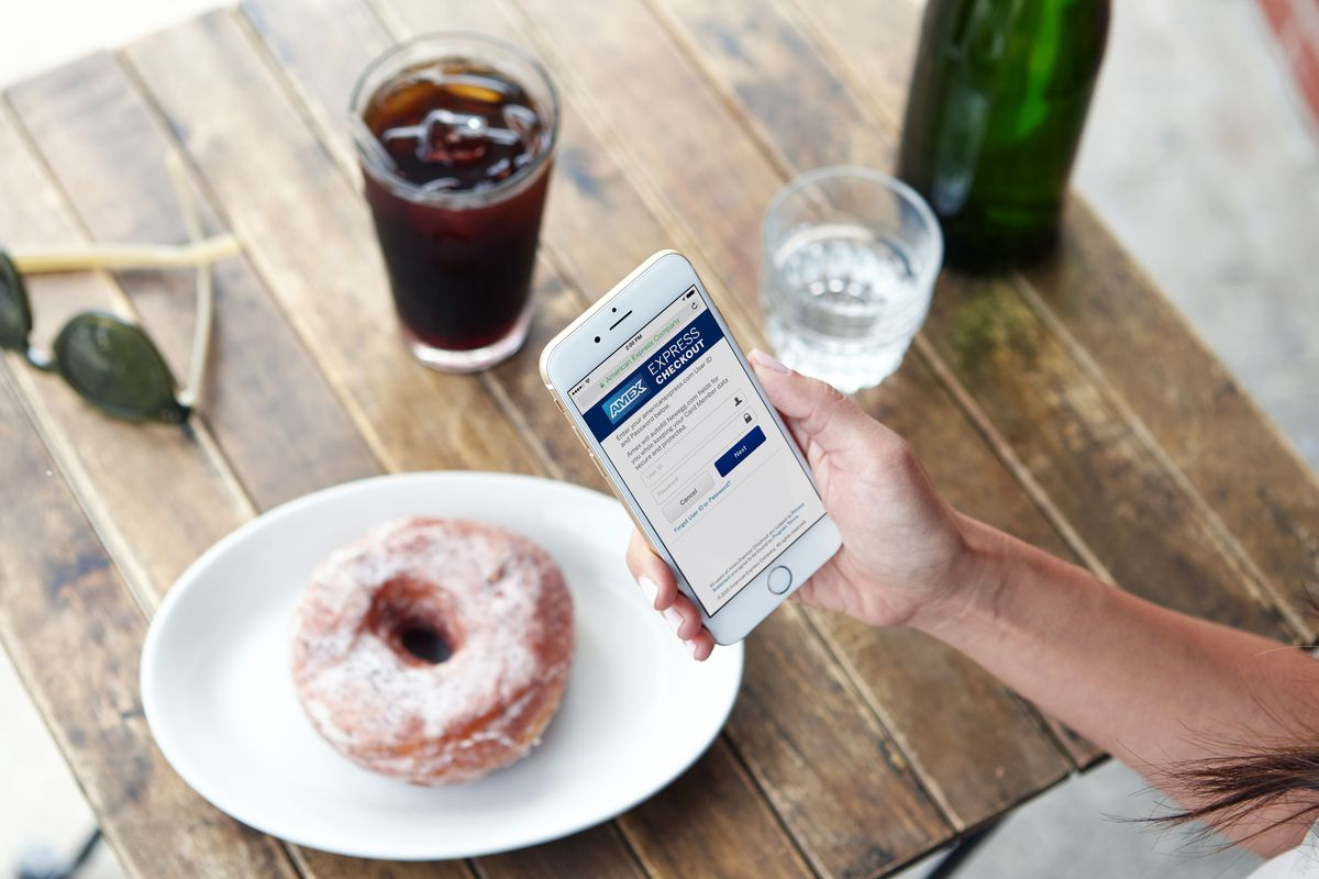 American Express Launches Its Own PayPal Alternative