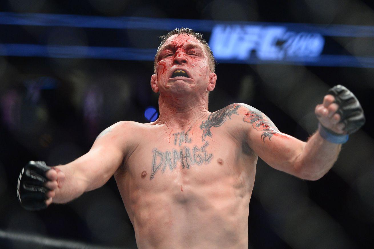 community news, UFC on FOX 25 results: Darren Elkins stifles Dennis Bermudez, wins split decision