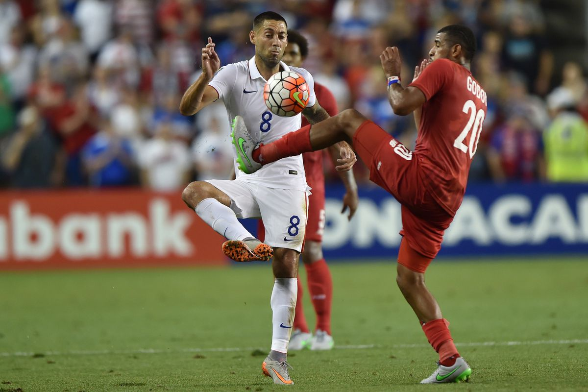 """As a Veteran of Concacaf officiating, Clint Dempsey is aware that this is a """"Play On!"""""""