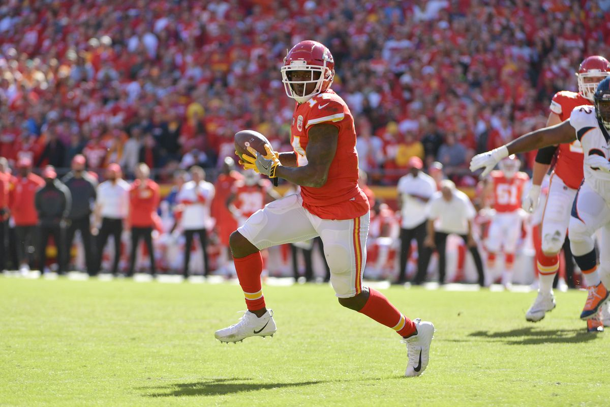 brand new 1cbeb a1f6b Chiefs WR Sammy Watkins injures foot, could affect Rams ...