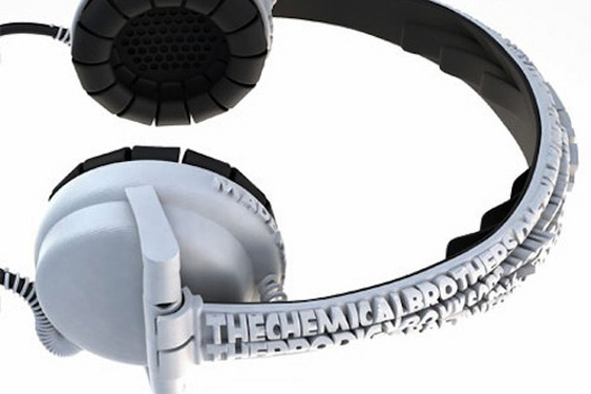 "Image via <a href=""http://design-milk.com/street-headphones-by-brian-garret/"">DesignMilk</a>"