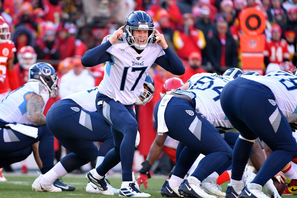 Tennessee Titans quarterback Ryan Tannehill gestures on the line of scrimmage during the AFC Championship Game against the Kansas City Chiefs at Arrowhead Stadium.