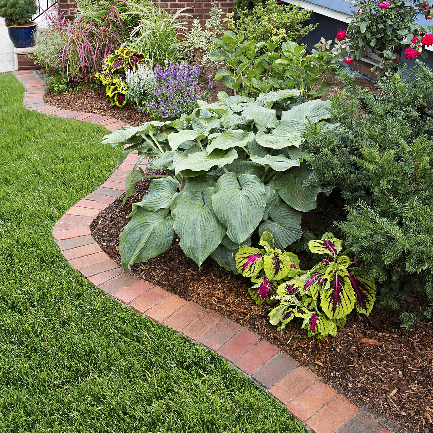 How To Edge A Garden Bed With Brick