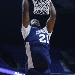 Stanley Robinson dunks.