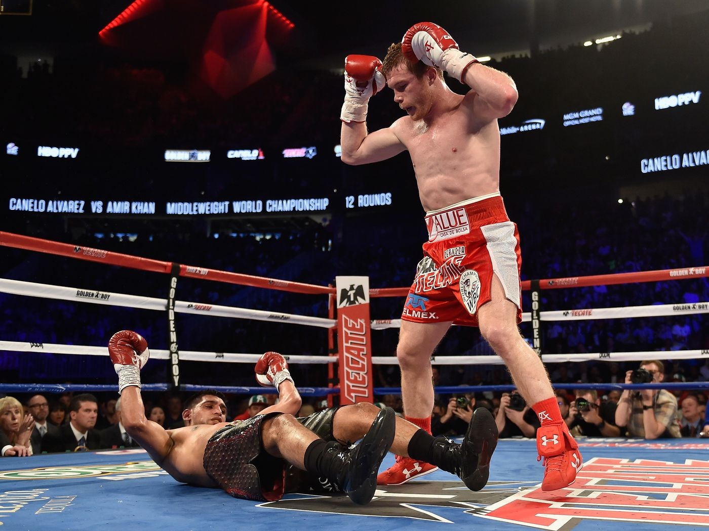 Canelo Alvarez Beats Amir Khan By Knockout In Round 6 Sbnationcom