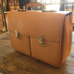 Milan-made Pellux Bags