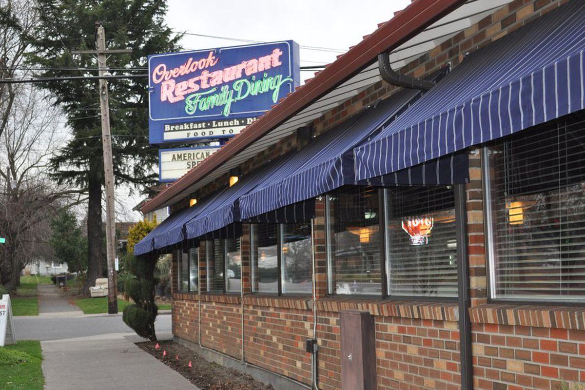 Overlook Restaurant
