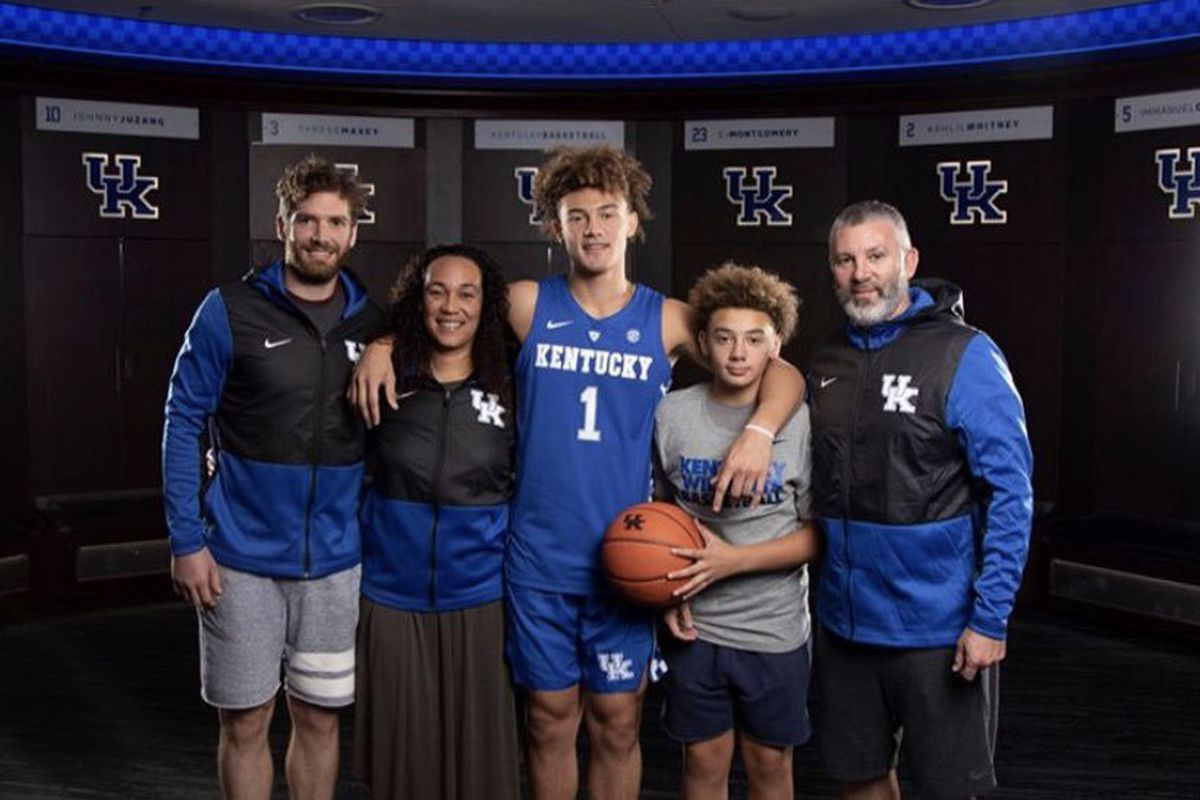 Kentucky Wildcats' Devin Askew talks recruiting class group text, return to  campus - A Sea Of Blue