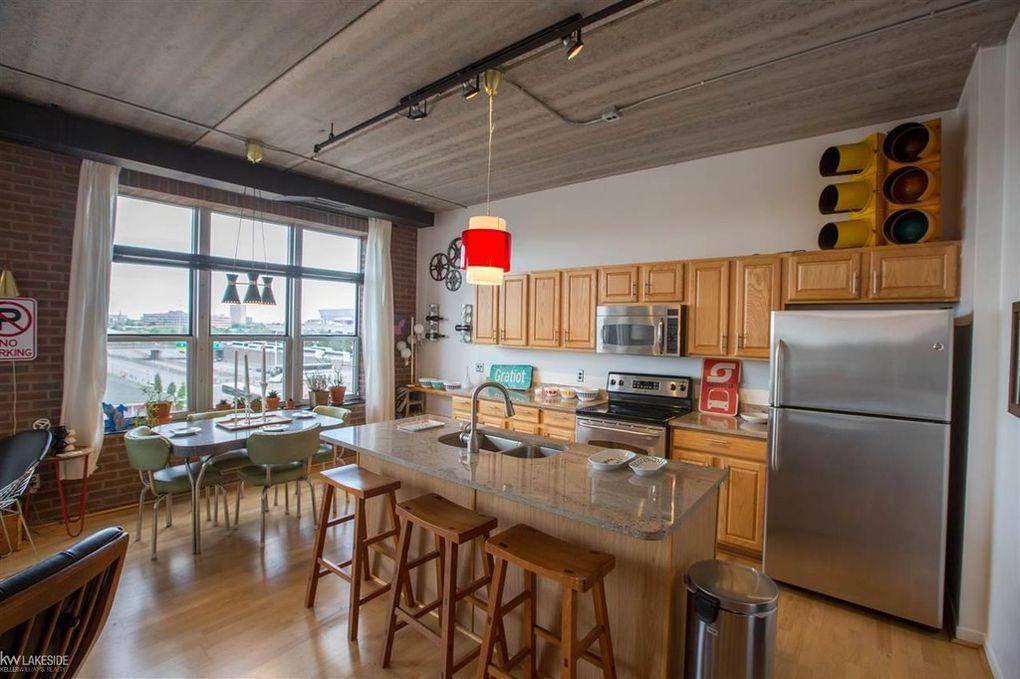 One Bedroom Garden Loft Condo Asks 309k Curbed Detroit