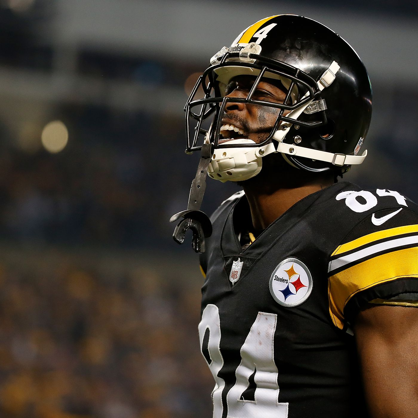 outlet store 75fce 9cbc8 Antonio Brown calls out GM Kevin Colbert for disrespectful ...