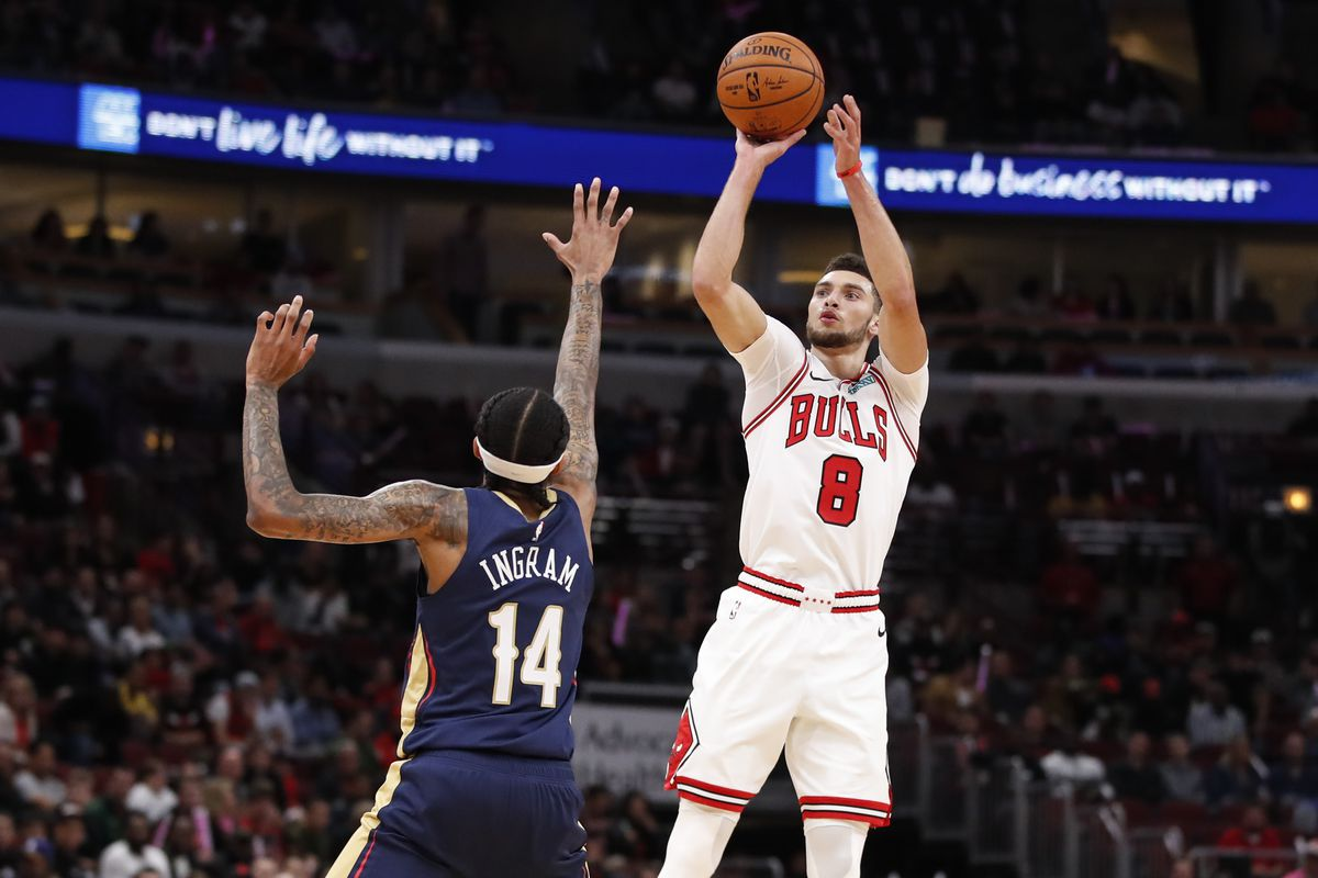 Chicago Bulls guard Zach LaVine shoots against New Orleans Pelicans forward Brandon Ingram during the first half at United Center.