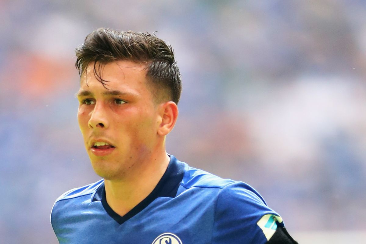 Pierre-Emile Hojbjerg is looking for a new club. Could Milan be in his future?