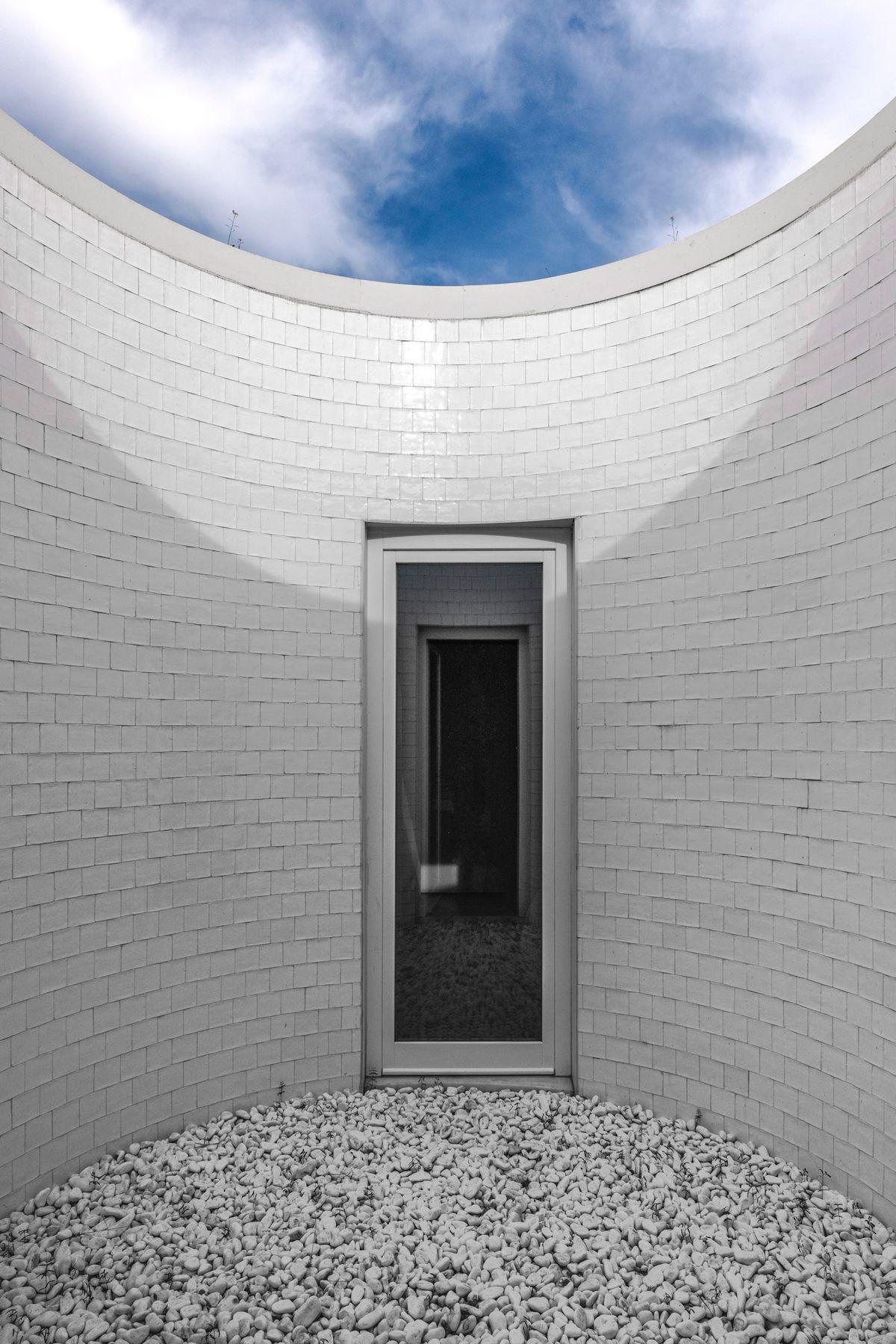 White, circular courtyard.