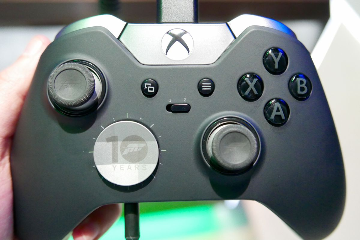 Here's a Forza-branded Xbox One Elite Controller - The Verge