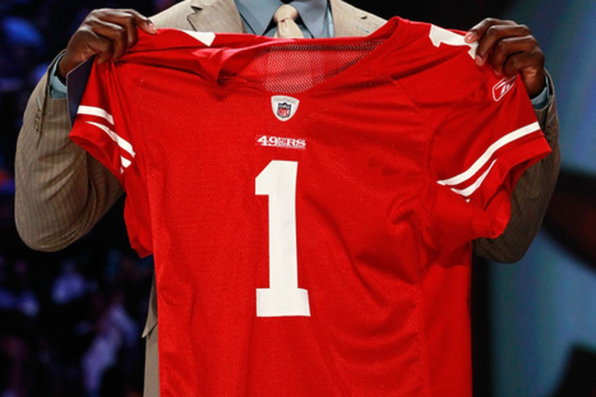 How will rookie Aldon Smith be used in Vic Fangio's defensive schemes?