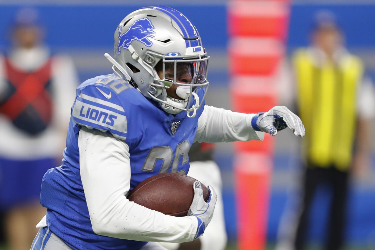 Detroit Lions running back Wes Hills runs the ball during the second quarter against the Tampa Bay Buccaneers at Ford Field.
