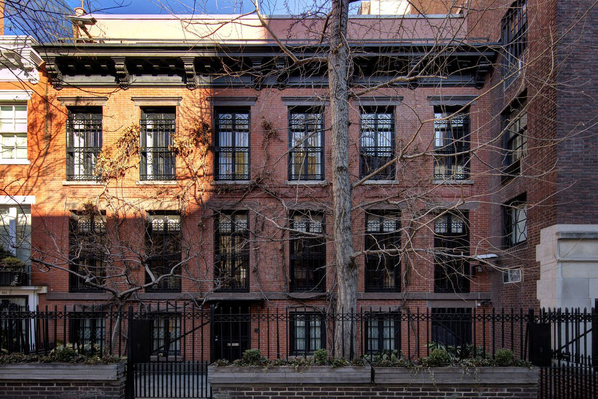 Brick For Sale >> On the Upper East Side, a stately landmarked townhouse ...