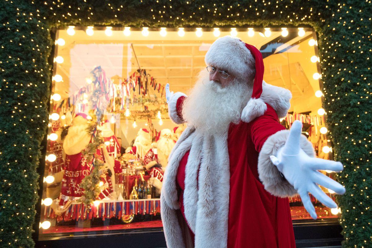 Selfridges Unveils Its Christmas Window