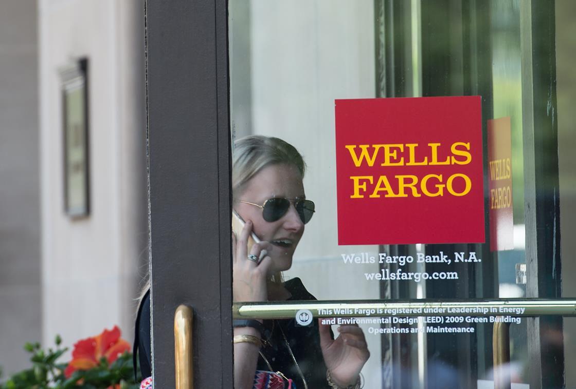 Wells Fargo customer going into the bank