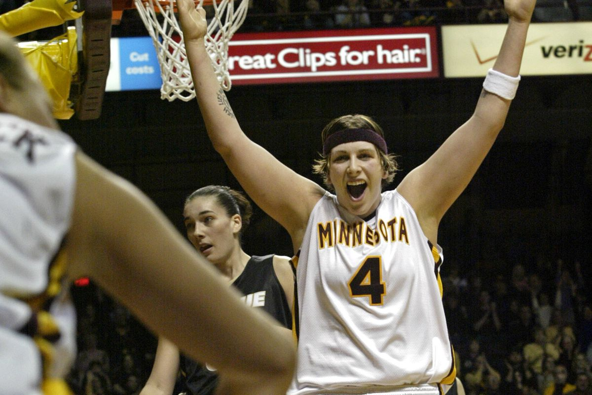 Marlin Levison - Strib 02/13/05 - Assign #91131 - Gophers womens basketball vs. Purdue - IN THIS PHOTO: Gopher Janel McCarville #4 reacts to a three-point shot that teammate Shannon Schonrock, left, made in first half action. Schonrock was also fouled