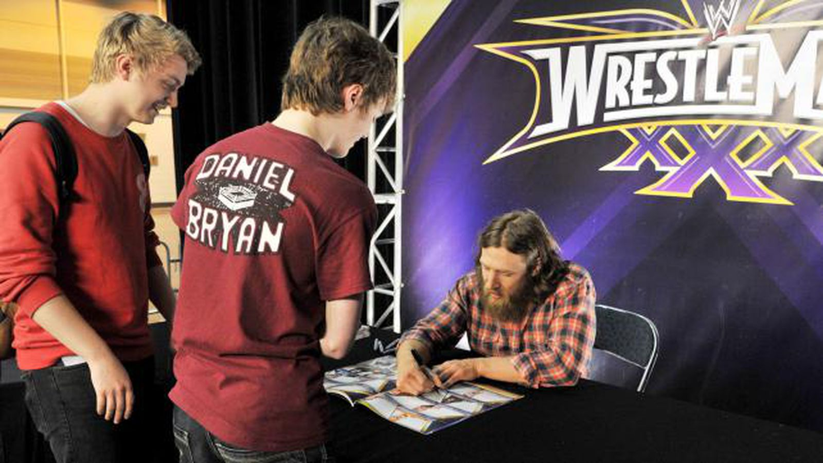 Wwe Television Deal Shows That For Networks And