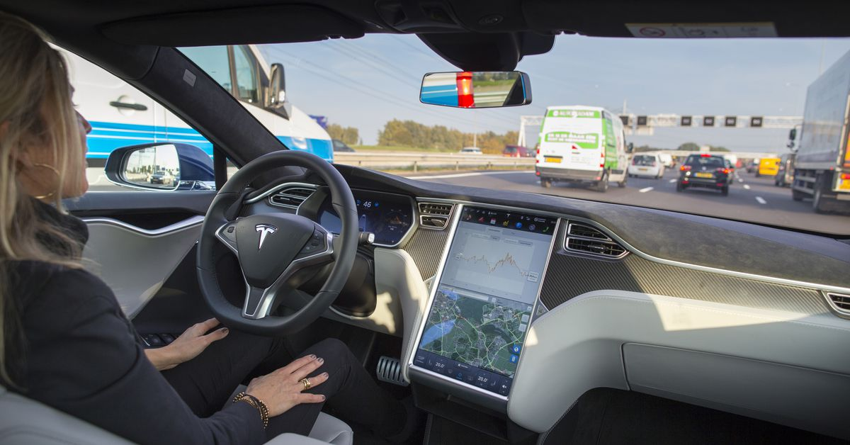 The investigation into Tesla Autopilot's emergency car drawback is getting larger
