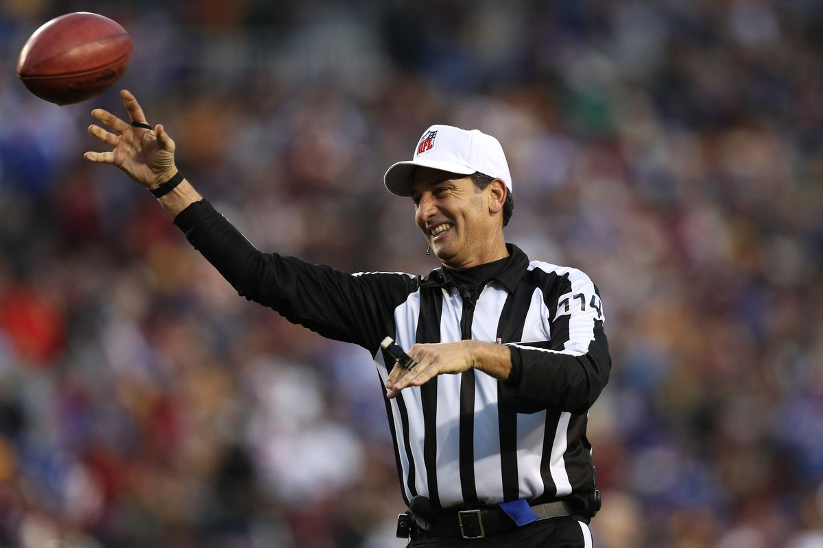 Gene Steratore to lead Super Bowl officiating crew