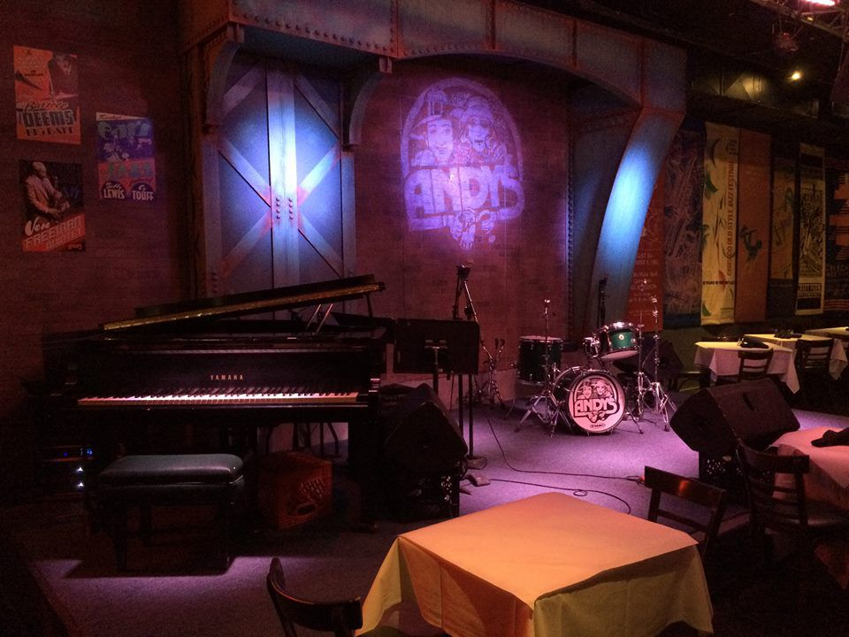 30 Great Chicago Restaurants & Bars To Hear Live Music